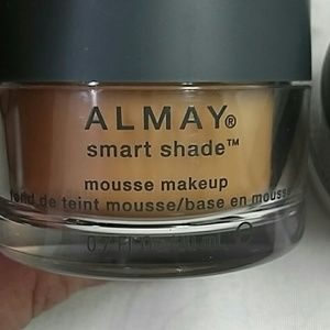 almay Other - Almay  smart shade mousse makeup