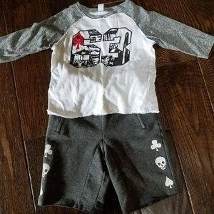 Amy Coe Other - **3 for $10** 2T boys outfit