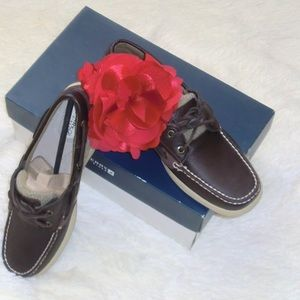  ONE DAY SALE NIB Sperry Top Sider Boat Shoes 9
