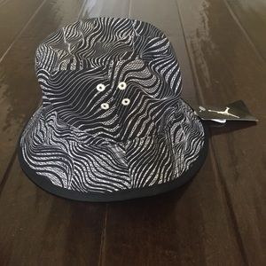 Jordan Accessories - Jordan Retro 12 Reservable Jumpman Bucket Hat 8345b32d5f7