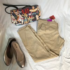 Mossimo Supply Co. Pants - NWT Mossimo Low Rise Skinny Khakis size 18