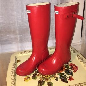 Hunter's Women Original Tall Gloss Red Rain Boots