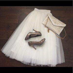 Oasap Dresses & Skirts - White Tulle Midi Skirt