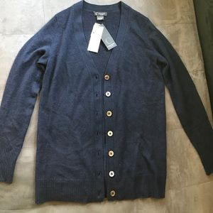 100% Bloomingdales cashmere cardigan