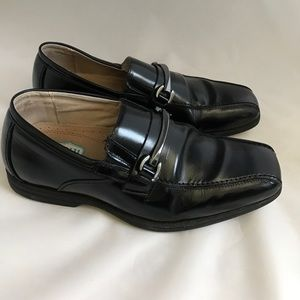 Florsheim Other - Florsheim Kids dress shoes black size 5 oxford