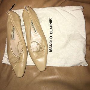 Manolo Blahnik Shoes - Manolo Blahnik soft leather flats.