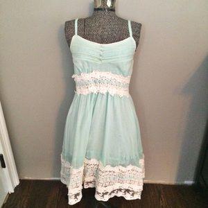 chicwish Dresses & Skirts - Chicwish mint and lace dress size medium