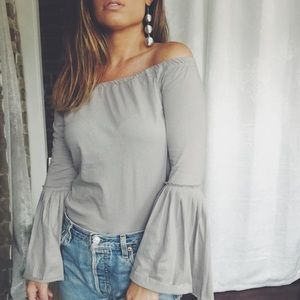 🆕Aimee Gray Off The Shoulder Bell Sleeve Top