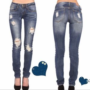 Boutique Denim - Distressed jeans