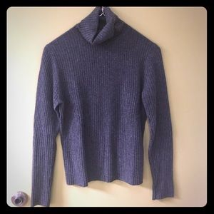 Beautiful 100% cashmere ribbed sweater MED
