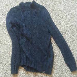 Grayers Other - Long-sleeved black shirt