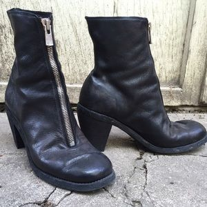Guidi Shoes - Guidi front zip black goat leather boots, size 39
