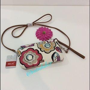 Relic Handbags - Relic Floral Mini Cross Body Wristlet NWT 🎉HP