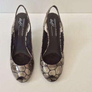 Donald J. Pliner Shoes - Donald J Pliner Heels EUC 🎉Host Pick🎉