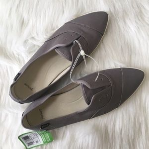 Sanuk Shoes - Slip Ons