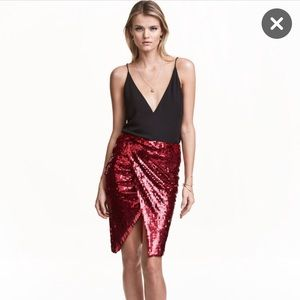 Bnwt H&M Red Sequin Skirt W/Slit Size 4