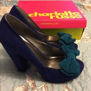 Charlotte Russe - blue peep toe pumps - EUC 9