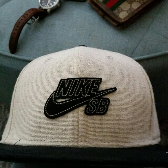 e829fddc8be Nike SB Hemp Snap Back One size fits all. M 58ec170f5c12f82df70200cd