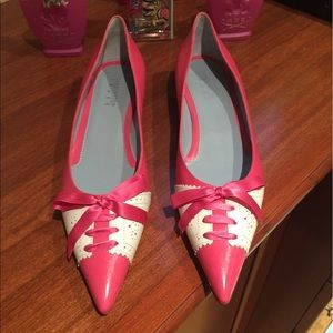 Lambertson Truex pink/cream leather flats