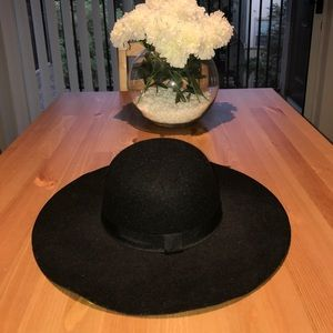Macy's Accessories - Indie style hat