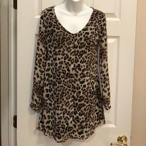 ASTR Dresses & Skirts - ASTR Cheetah Dress