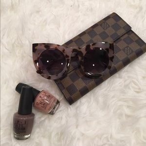 simplylovable Accessories - Lilac Tinted Tortoise Shell Sunglasses