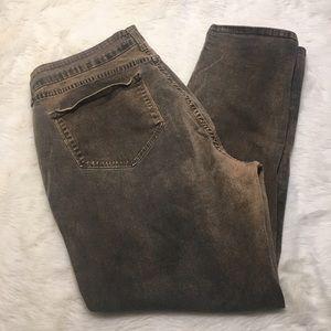 NYDJ Denim - NYDJ 16W Skinny Jeans in Grunge Wash