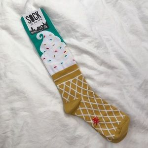 Happy Socks Other - NWT Cute Socks