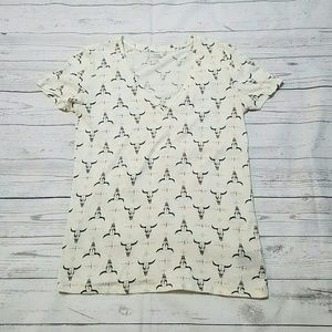 Urban Outfitters Tops - UO bull skull tee