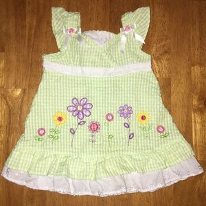 Youngland Other - Green&White Gingham Dress w/Flowers &Eyelet Ruffle