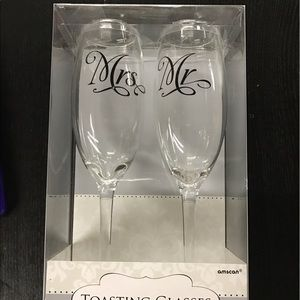 party city Accessories - Mr & Mrs wedding toasting glasses 2 Count