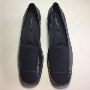 Easy Spirit Shoes - Navy blue dress shoes.
