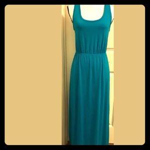 MAKE AN OFFER‼️Arizona Razerback Maxi Dress Size S