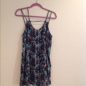 RVCA Dresses & Skirts - RVCA size small dress