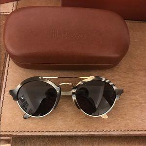 Illesteva Accessories - Illesteva Milan II sunglasses in blue horn