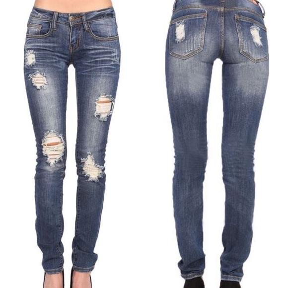 Jeans - LAST - Nancy distressed skinny jeans - MED WASH