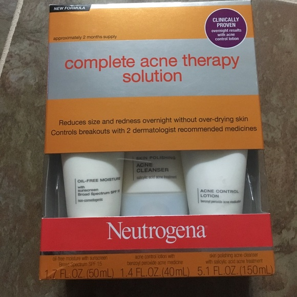 Neutrogena Other Complete Acne Therapy Solution Poshmark
