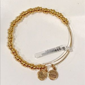 NEW Alex and Ani Nile Bangle - GOLD