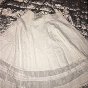 amanda & chelsea Dresses & Skirts - White midi skirt