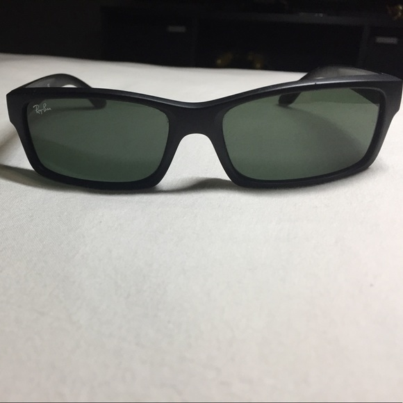 56cd9a96d6 Ray Ban - RB4151. M 58ec60d34e8d17964e051249