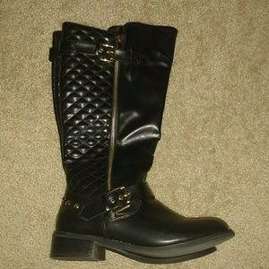 Like New! Just Fab black studded moto boots