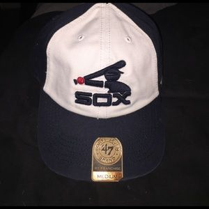 Other - Men's white sox hat