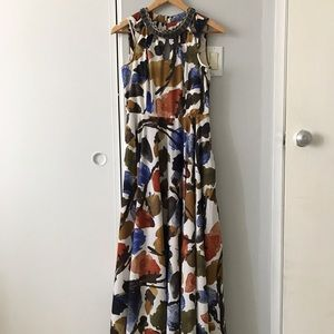 Sleeveless floral gown with great bead detailing