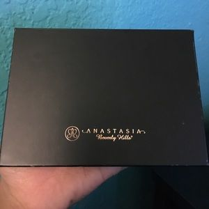 Anastasia Beverly Hills Other - ABH eyeshadow palette/eyeshadows
