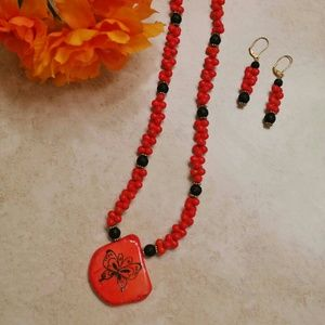 Red/Black stone necklace w/ earrings