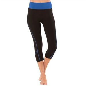 Electric Yoga Pants - Electric Yoga Classic Capri