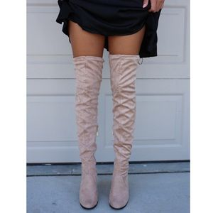 Boutique Shoes - Tan Suede Tassel Chunky Heeled Over the Knee Boots