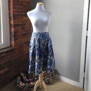 Talbots Dresses & Skirts - Talbots silk lines skirt