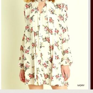 Boho Loco Fashion Boutique Tops - Ivory Floral Swing Tunic