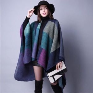 Sweaters - BEAUTIFUL COLOR TONES PONCHO